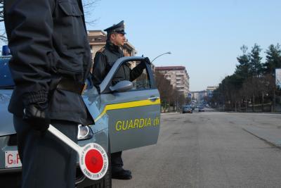 Carlentini|  FORZA UN POSTO DI BLOCCO DELLA GUARDIA DI FINANZA