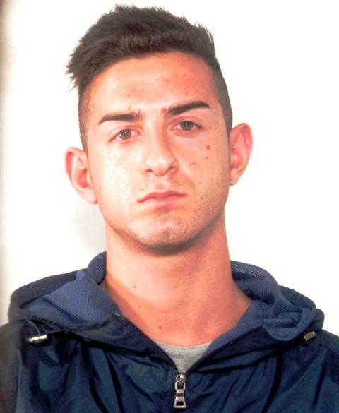 Pachino|  IN MANETTE UN 20ENNE AVOLESE PER IL FURTO DI UN'AUTOMOBILE