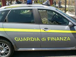"""LE FIAMME GIALLE DENUNCIANO 5 TITOLARI DI BAR E RISTORANTI DELLA PIAZZETTA. UTILIZZAVANO IL """"MAGNETONE"""""""