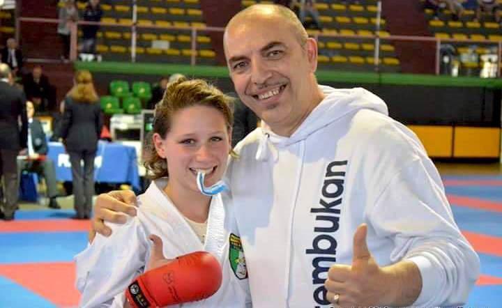francesca-cavallaro-vincitrice-karate-juniores-ostia-2016 con il maestro di mare
