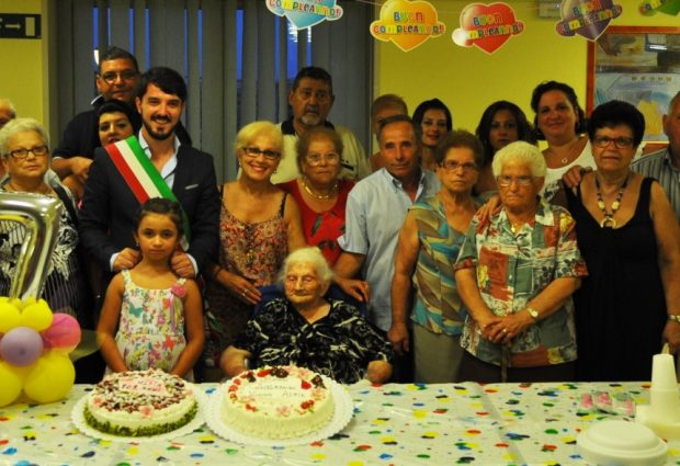 Lentini| Alfia Sgroi spegne 107 candeline<span class='video_title_tag'> -Video</span>