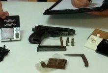 Siracusa| Pistola e droga nell'auto: arrestato