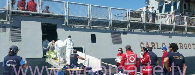 Augusta  Sbarco assistito 602 migranti giunti questa mattina al porto commerciale