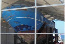Augusta| Resti ad Augusta il relitto del barcone naufragato il 18 aprile del 2015
