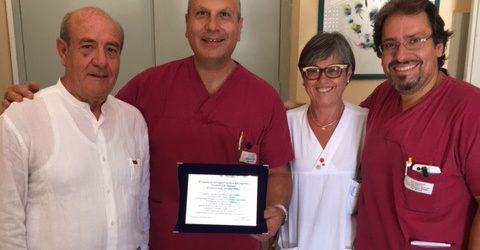 Siracusa| Umberto I°, paziente ringrazia con targa ricordo