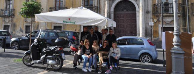 Lentini| Da tre giorni e tre notti in piazza Umberto, chiedono una casa