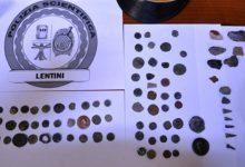 Lentini| Monete antiche e monili in una casa di Scordia