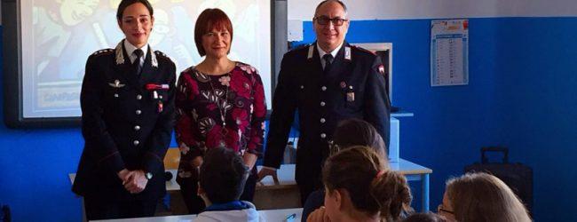 Augusta| Conferenza dei carabinieri sulla legalità presso le scuole elementari e medie del Corbino