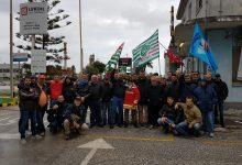 Siracusa| Protestano i lavoratori della Priolo Servizi