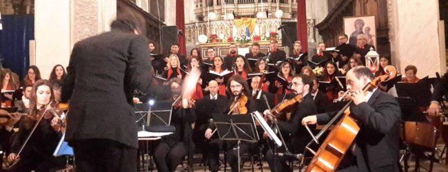 Lentini| Tripudio di pubblico per il concerto natalizio del coro Ad Dei Laudem