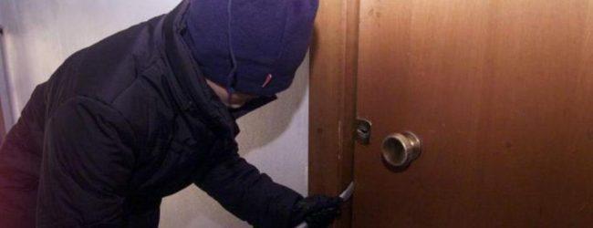 Lentini| Tentato furto in appartamento, 35enne in manette
