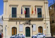 Rosolini| Raid notturni in due sedi del Comune