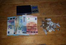 Siracusa| Arrestato spacciatore con 145 euro in contante