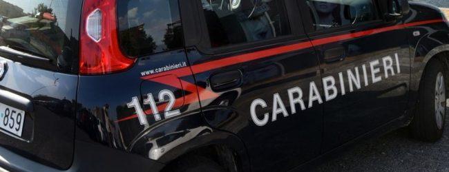 Francofonte | Raptus di follia di un 27enne, intervengono i carabinieri