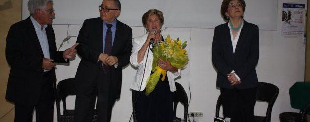 """Augusta  Presentato il libro """"Una vita diversa"""" della socia Pina Carriglio"""