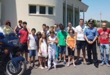 Carlentini | Ragazzi diversamente abili in visita alla caserma dei carabinieri