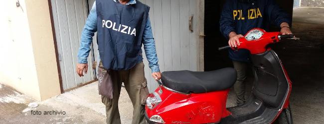 Augusta  Denunciati tre giovani per ricettazione e furto aggravato in concorso di un motociclo