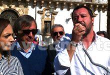 Augusta| Salvini in comizio col megafono<span class='video_title_tag'> -Video</span>
