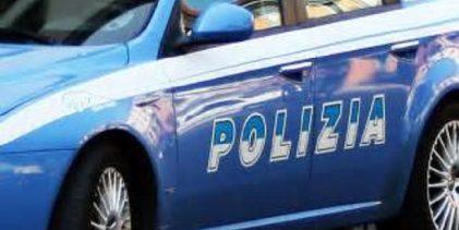 Lentini| In moto senza casco, alla contestazione dei poliziotti reagisce minacciandoli