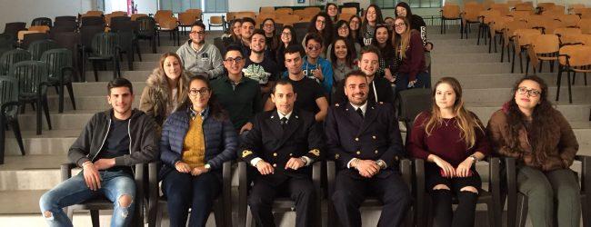 Augusta  La Capitaneria di porto incontra gli studenti dell'Arangio Ruiz