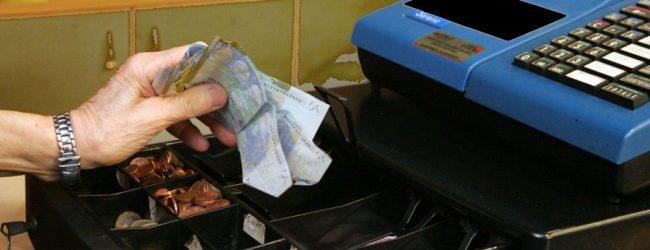 Avola| Furto in farmacia, i ladri lasciano 124 euro