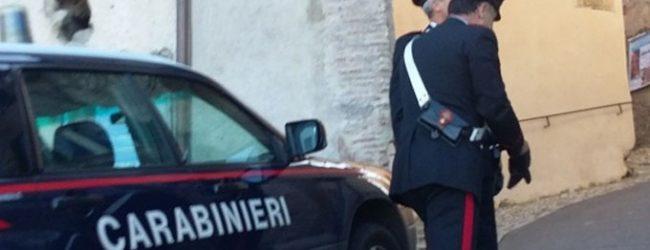 Augusta| Danneggia auto in sosta e vetrine dei negozi, fermato  un 27enne