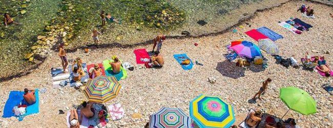 Siracusa| Calarossa in affitto per 3500 euro al mese