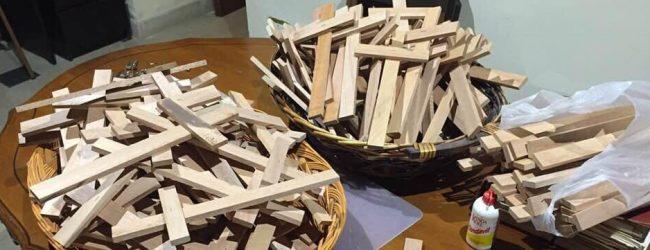 Augusta  Una croce per ogni vittima del cancro: nuova iniziativa di don Prisutto