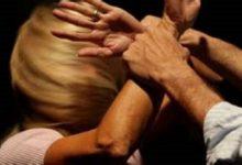 Pachino| Geloso inveisce contro l'ex incinta