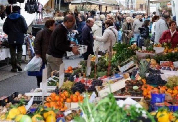 Lentini | Mercato settimanale, da giovedì niente banchi di vendita all'interno dello stadio