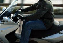 Lentini | Con lo scooter a folle velocità in via Riccardo da Lentini