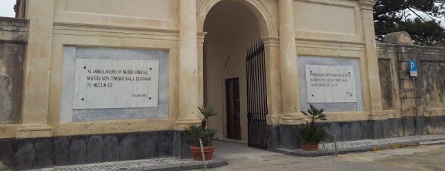 Augusta  Cimitero: riaperto l'ingresso monumentale