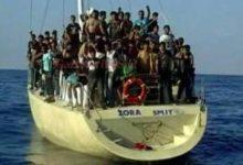 Portopalo  Fermata barca a vela turca con immigrati