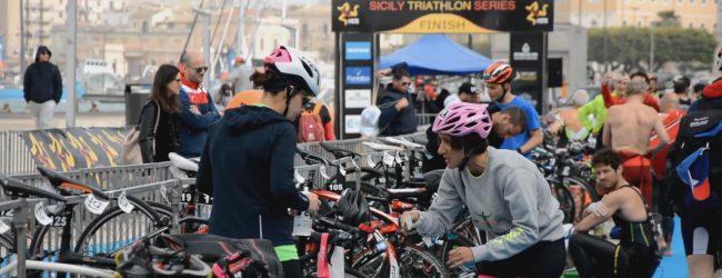 Siracusa| Sicily Triathlon Series: nella prima tappa i catanesi Schiavino e Ventura si impongono ad Ortigia