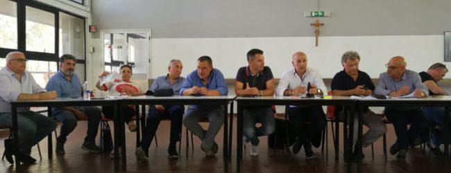 Siracusa  Sindacati consegnano piattaforma lavoro ai candidati
