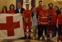 Noto| Dal Ducezio sventola la Croce Rossa