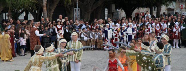 Augusta| Corteo storico e scacchiera medievale targati Principe di Napoli