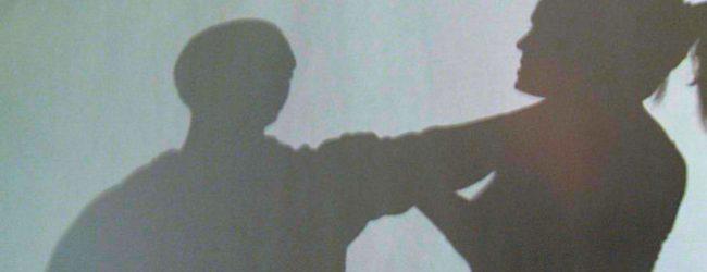Siracusa| Due fratelli rubano ferro e aggrediscono testimone