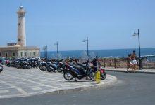 Augusta| Faro S.Croce e villa comunale: multati due parcheggiatori abusivi