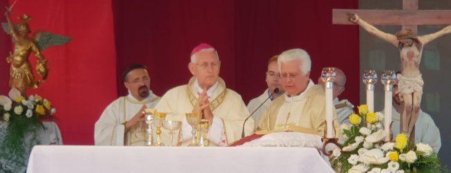 Melilli  Villasmundo festeggia i 50 anni di sacerdozio di Don Gaetano Giudice: ieri la celebrazione
