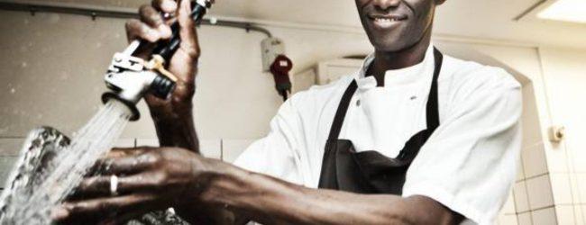 Marzamemi | Gambiano costretto a lavorare 12 ore al giorno senza paga, denunciato ristoratore
