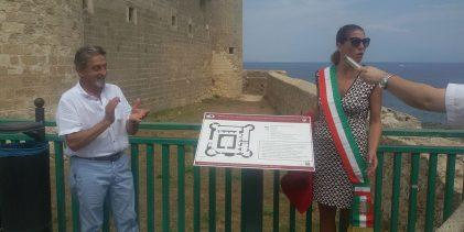 Augusta  Pannello tattile per non vedenti scoperto in piazza Castello a Brucoli