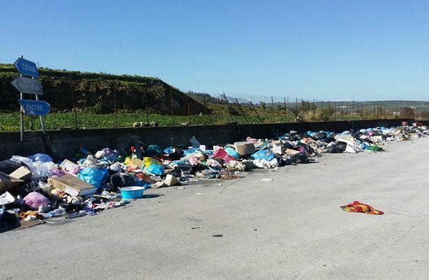 Augusta  Settantunenne punito dai carabinieri per l'abbandono di rifiuti