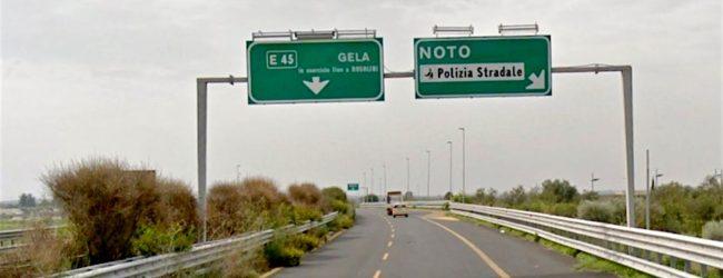 Siracusa | Autostrada Siracusa-Gela: Marziano: «Carreggiata invasa dalle erbacce»