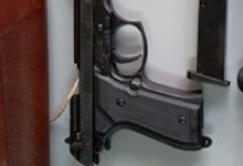 Siracusa| Donna in manette, possedeva armi illegalmente