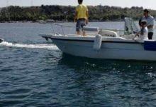 Augusta| Diportisti di una barca con un guasto al motore soccorsi della Polizia.