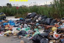 Lentini | Maxi discarica a cielo aperto lungo il fiume San Leonardo