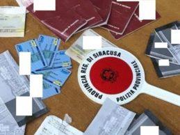 Siracusa| Carnet di assegni e libretti abbandonati, due denunce