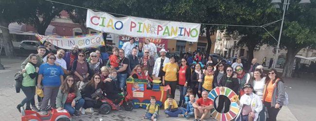 """Siracusa  Mille bambini in marcia sulle orme di """"PinoPanino"""""""
