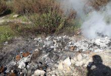 Melilli| Colto in flagrante mentre bruciava rifiuti speciali